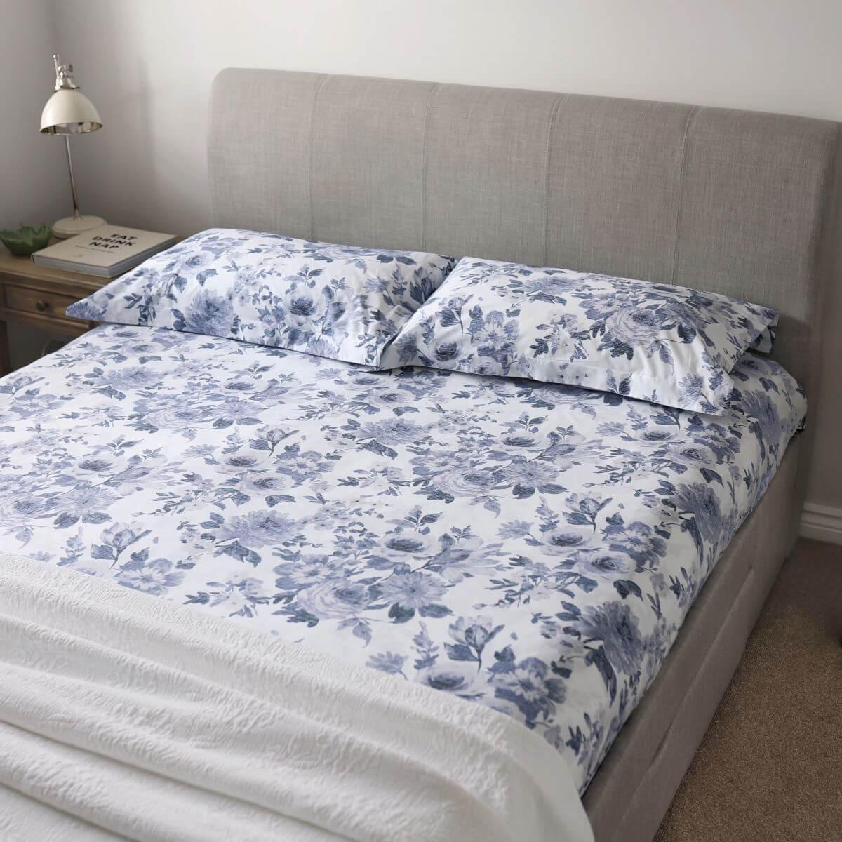 White/Blue 200TC Floral Cotton Double Bed Set