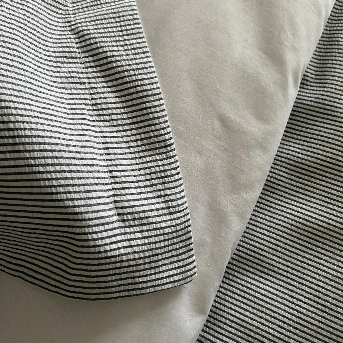 White/Navy Seersucker Stripe Superking Oxford Pillowcase Pair