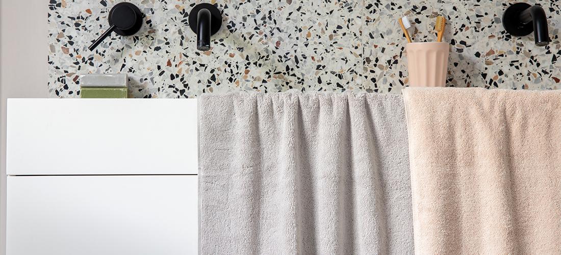 Britain's Shocking Bathroom Habits' Confessions | Soak&Sleep