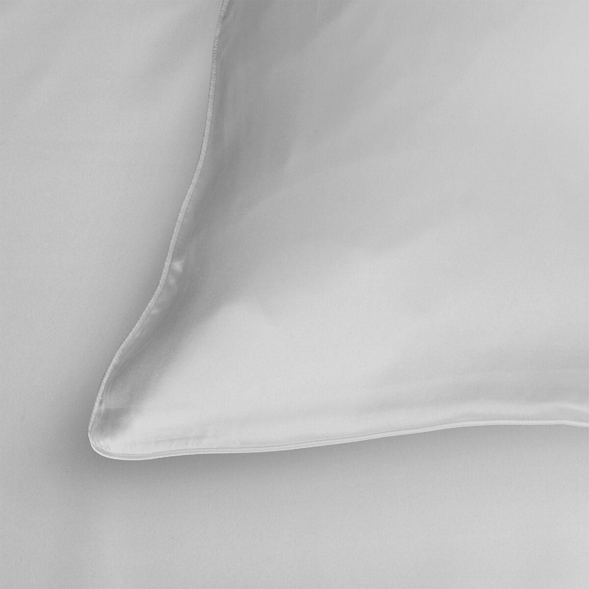 Silk housewife pillowcase