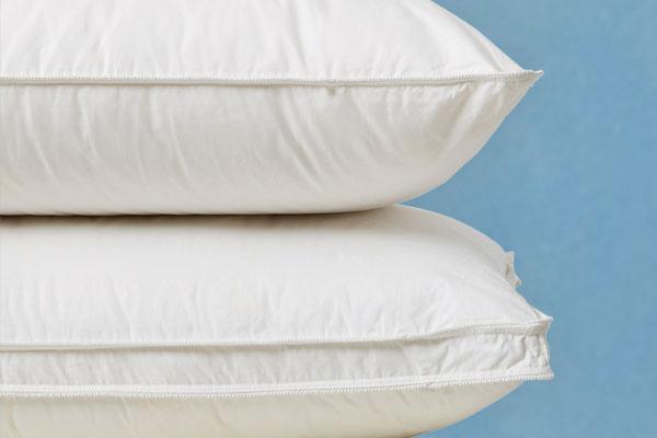 canadian-pillow-pair