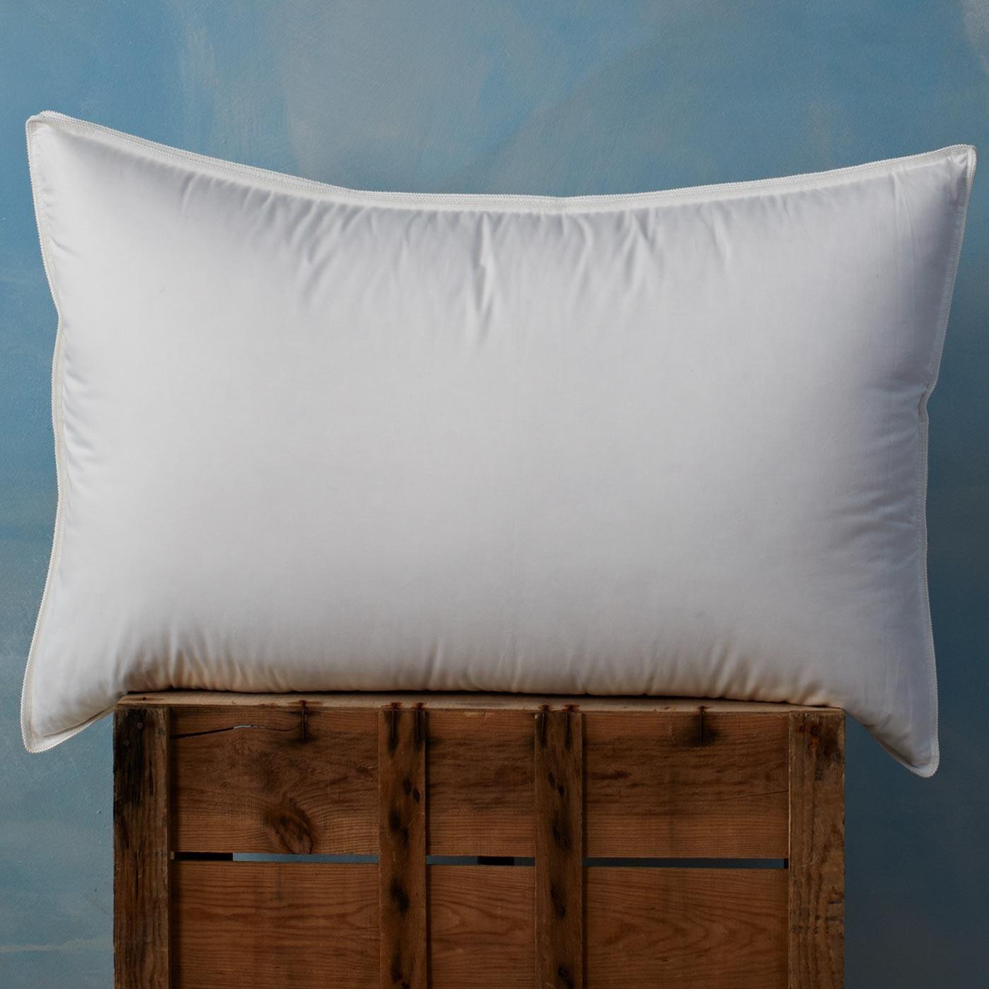 canadian-pillow