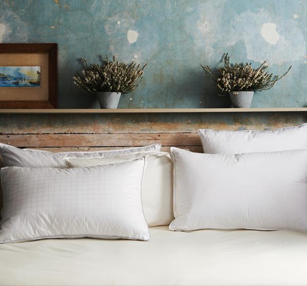 bedroom bed sets pillows mattresses toppers soak sleep. Black Bedroom Furniture Sets. Home Design Ideas