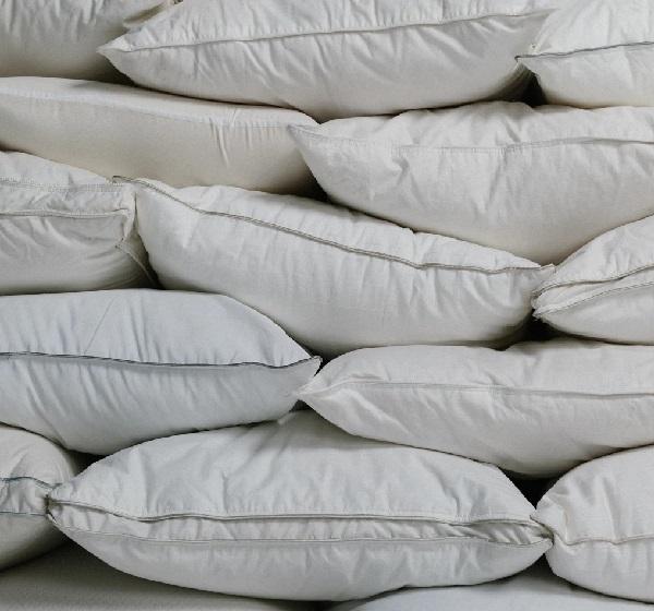 Luxury Pillows   Soak&Sleep