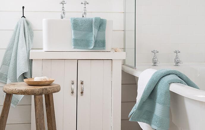 blue-towels