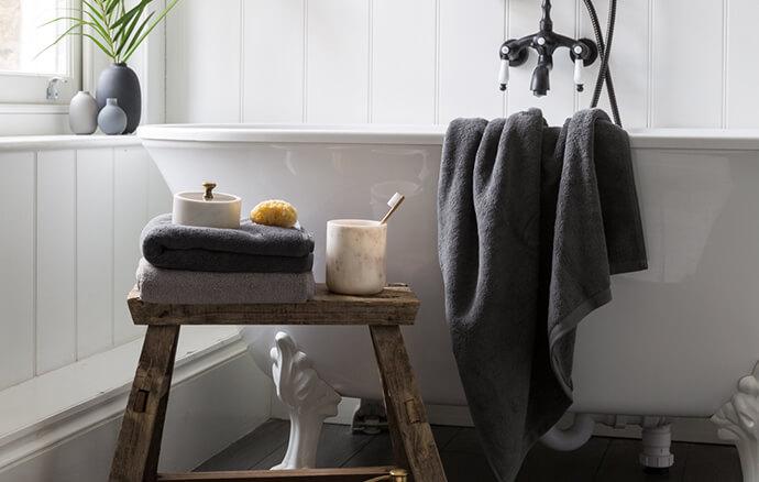 dark-towels
